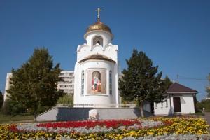 Глава Орловско-Ливенской епархии совершил литургию в храме Александра Невского в день памяти святого