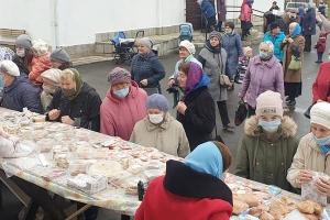 Первая благотворительная ярмарка прошла в храме блаженной Матроны Московской в Орле