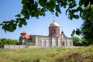 Митрополит Тихон и схиархимандрит Илий совершили Литургию в селе Бакланово