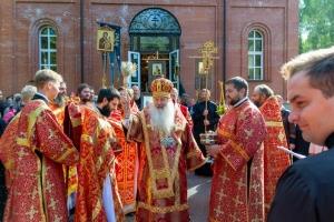 Митрополит Тихон освятил колокола для строящейся звонницы Кукшинского монастыря во Мценском районе